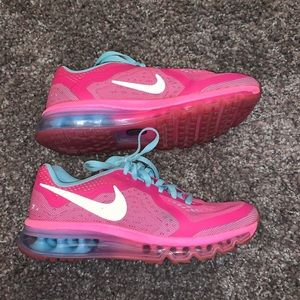 Girl's Nike Air Max Sz 7 (also fits women's 8)